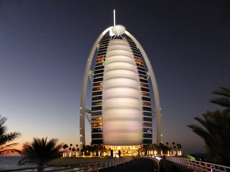 girl's-trip-to-Dubai